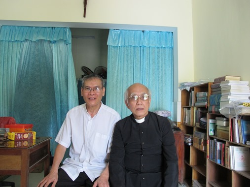 Lm Nguyen Van Ly tai Nha Chung-Hue med